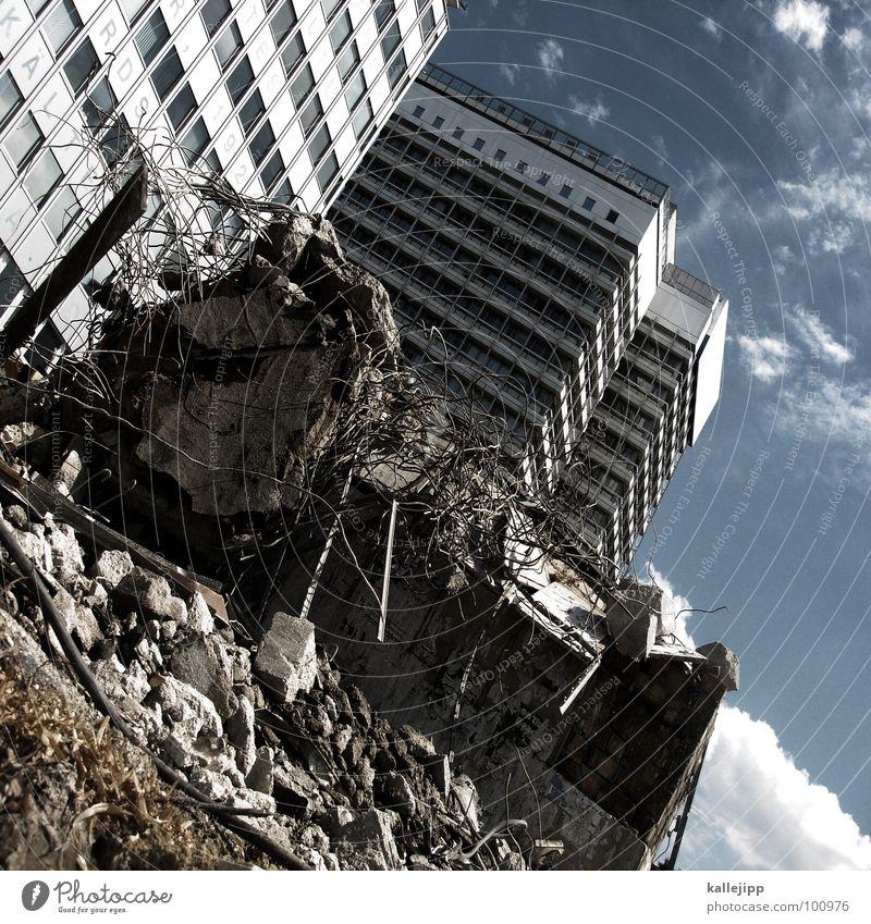endstation Himmel Stadt Leben Berlin Fenster Landschaft Architektur Raum Beton Hochhaus Fassade rund Niveau Baustelle Häusliches Leben Station