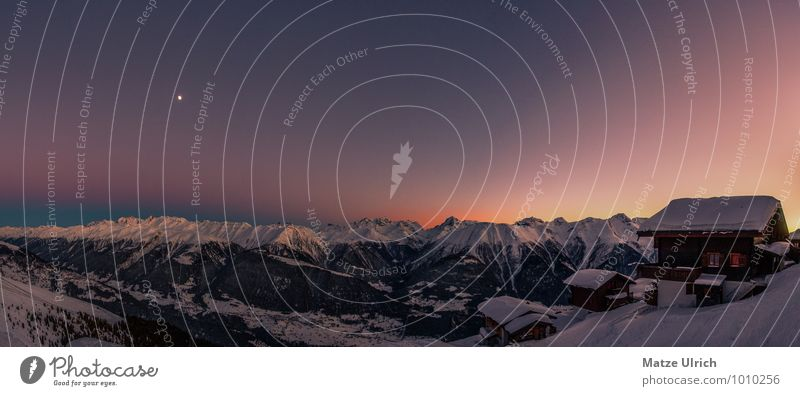 Sonnenuntergang in den Bergen Himmel Landschaft Ferne Winter kalt Berge u. Gebirge Schnee Felsen Horizont Schneefall wandern Gipfel Unendlichkeit Alpen