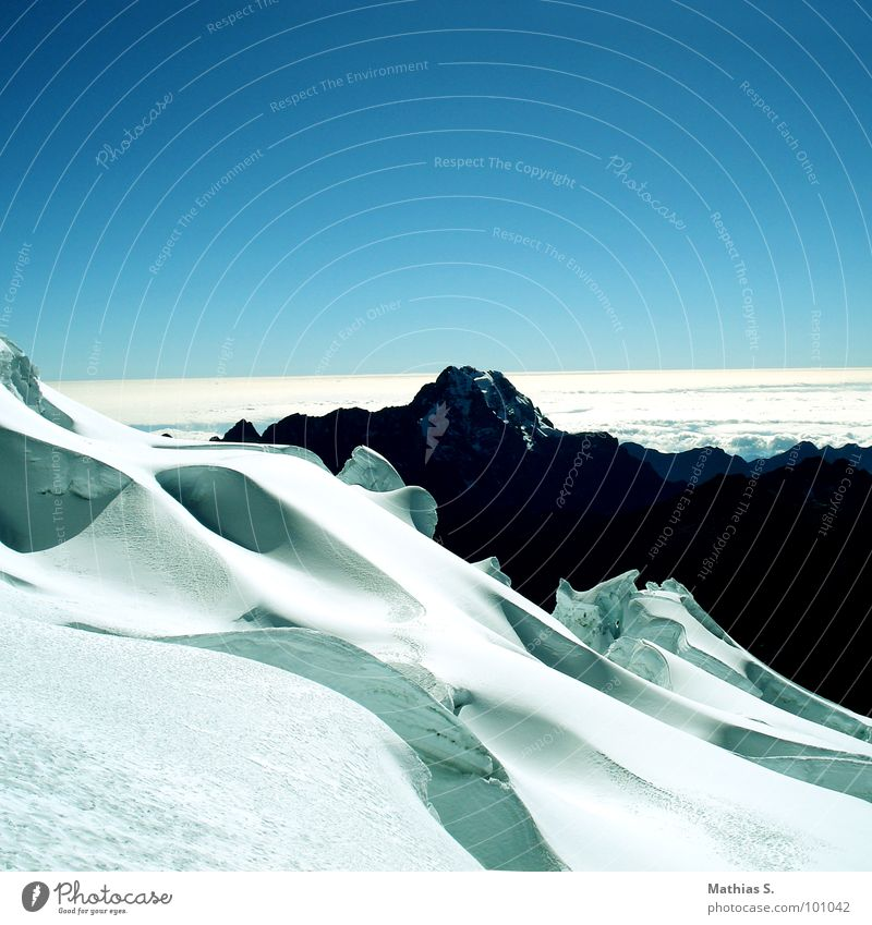 Bolivien II Himmel weiß blau Schnee Berge u. Gebirge wandern Klettern Hügel Südamerika Tiefschnee