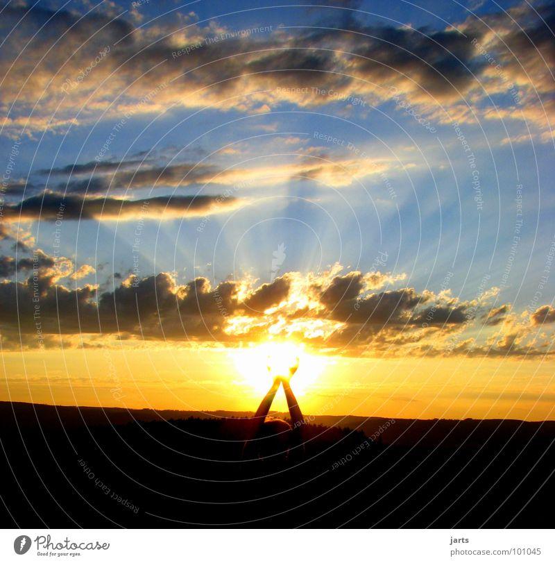 Sonnenkind Sonnenuntergang Sonnenstrahlen Wolken Hand Licht Hoffnung Sommer Frieden Himmel Freiheit Natur Abend jarts