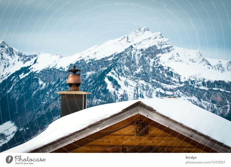 Alpenidyll Ferien & Urlaub & Reisen Winterurlaub Berge u. Gebirge Natur Landschaft Himmel Schnee Gipfel Schneebedeckte Gipfel Holzhaus Dach Dachgiebel