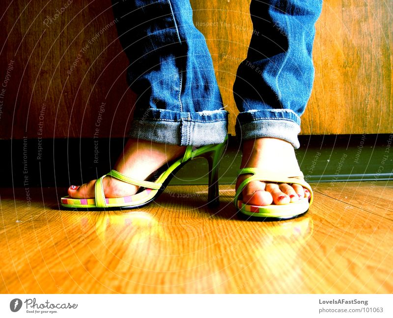 confident shoes Holzmehl Küche feet legs anklet bare feet brown symmetry calf calves kitchen bright sunlight sunshine heels toes