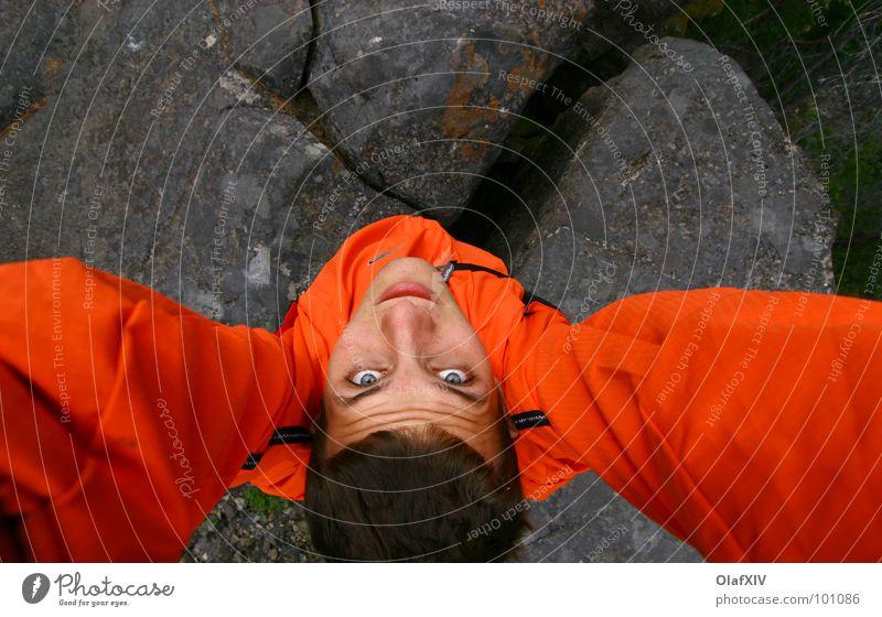 Steinmensch Mensch Mann Gesicht Farbe dunkel oben Haare & Frisuren grau Kopf orange Arme Felsen Kraft stehen Teilung