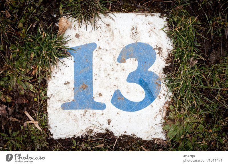 Freitag der 13. Wiese dreckig Ziffern & Zahlen Volksglaube Glückszahl