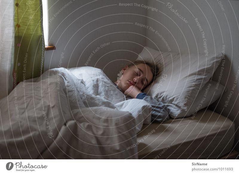 306 [ausschlafen] ruhig Wohnung Schlafzimmer Junger Mann Jugendliche 1 Mensch 13-18 Jahre Kind Erholung genießen liegen träumen Häusliches Leben authentisch