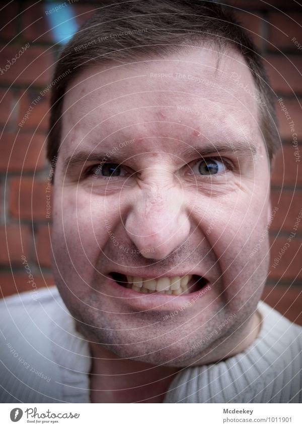 Take care! Mensch Jugendliche weiß rot Junger Mann 18-30 Jahre schwarz Erwachsene Gesicht Auge Mauer grau Haare & Frisuren braun Kopf rosa