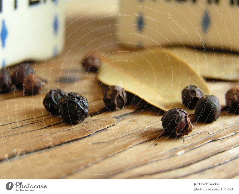 Omas Gewürzkiste alt Holz Wohnung Ernährung Kräuter & Gewürze Küche Haushalt Pfeffer Salz rustikal Würzig entladen Pfefferkörner Lorbeer Holzmehl