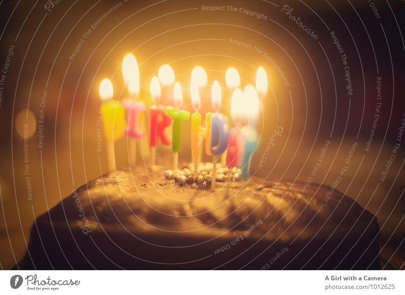to you Kuchen Essen Kerze Gratulation Geburtstag Kerzenschein Geburtstagskerzen Geburtstagstorte Geburtstagswunsch Gedeckte Farben Innenaufnahme Detailaufnahme