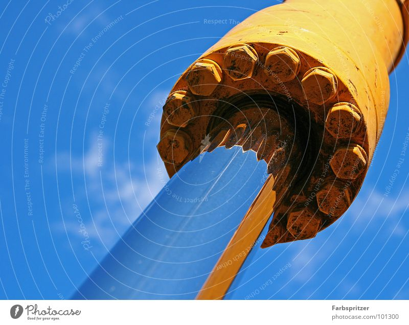 Baggerparty Himmel blau Sommer Wolken gelb Arbeit & Erwerbstätigkeit Kraft Metall Baustelle Stahl Handwerk Schraube Bagger Chrom hydraulisch Baufahrzeug