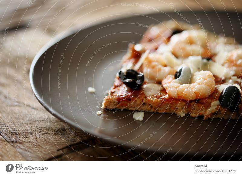 Pizzastück Lebensmittel Ernährung Essen Mittagessen Abendessen Italienische Küche Stimmung Garnelen Meeresfrüchte Appetit & Hunger Snack Teller lecker Oliven