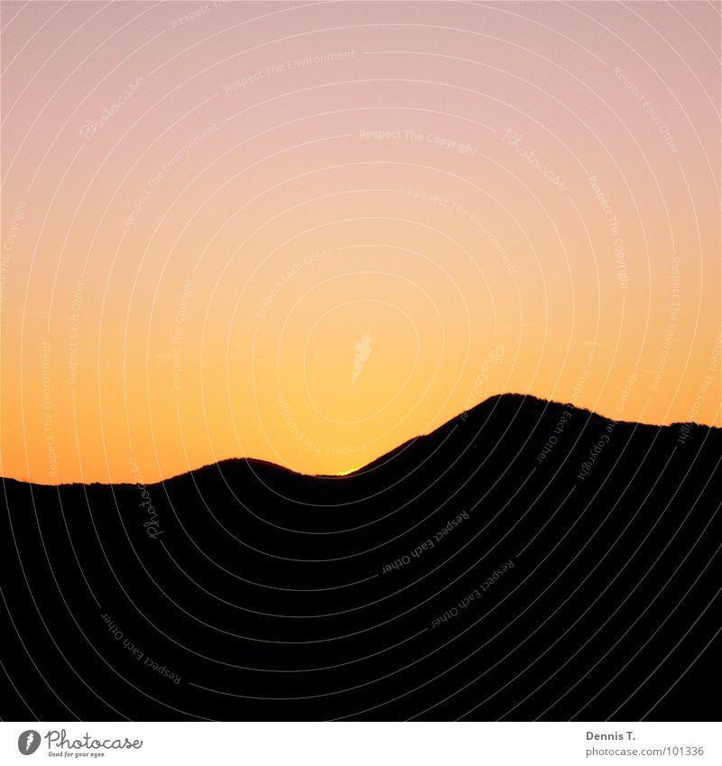 Wenn die Sonne hinter den Dünen verschwindet ... Himmel Natur weiß rot Sommer Meer Winter Strand schwarz dunkel Landschaft Herbst kalt Wärme Sand