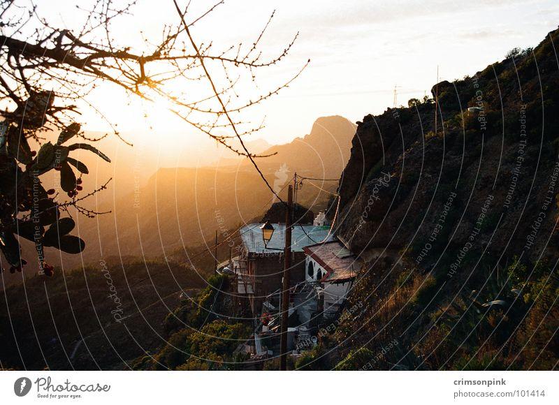 Artenara schön rot Ferien & Urlaub & Reisen ruhig Einsamkeit Ferne Erholung Landschaft braun orange Europa Romantik Frieden Spanien resignieren Himmelskörper & Weltall