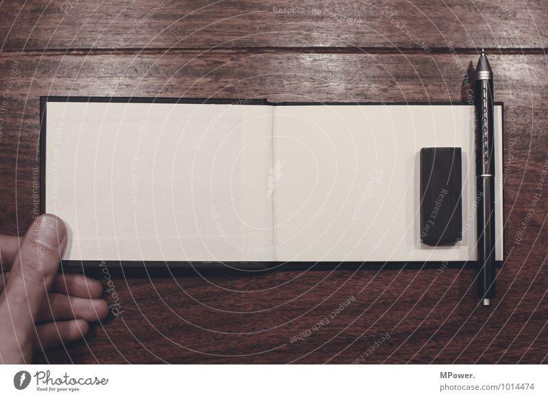 start creative Hand 1 Mensch hell Zettel Notizbuch Schreibstift Radiergummi ausdruckslos Finger Tisch Holztisch schreiben streichen Entwurf malen Idee