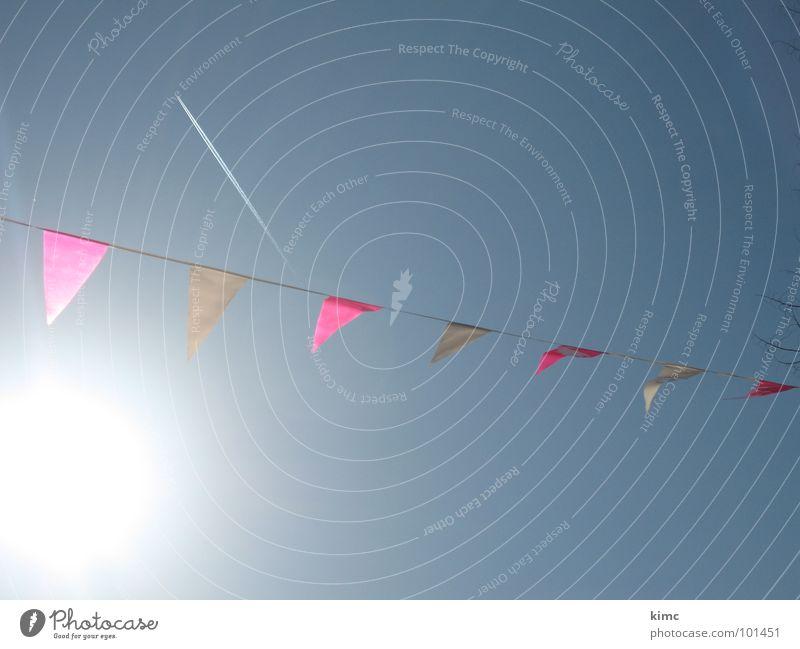 feiern... Himmel Sonne blau Sommer Party Wärme Feste & Feiern Fahne Freizeit & Hobby Dekoration & Verzierung Physik Schnur wehen Gartenfest