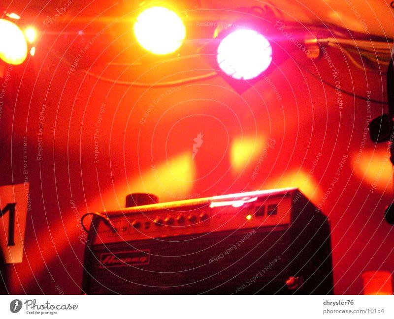 ampeg! Musik Konzert Rockmusik Bühne Kontrabass Verstärker