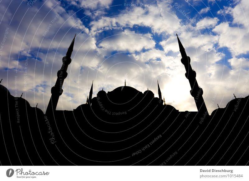 Moschee Himmel Ferien & Urlaub & Reisen Stadt blau weiß Wolken Ferne schwarz gelb Religion & Glaube Angst Tourismus Kirche Turm Wahrzeichen Sehenswürdigkeit