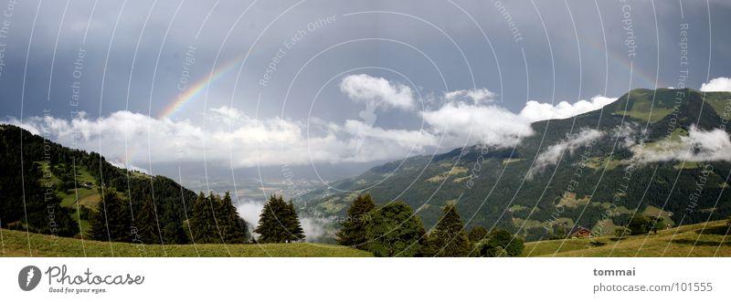 Regenbogen im Wallis (Panorama) Natur grün Sommer Wolken Wald dunkel Herbst Wiese Berge u. Gebirge grau Landschaft Wetter groß Schweiz Alpen Hütte