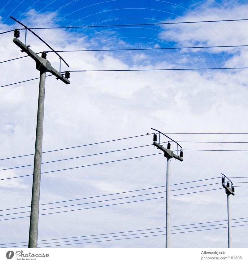 Wäscheleinen XXL Elektrizität Strommast Hochspannungsleitung Stromtransport verbinden 3 aufhängen Wolken Rheinisch-Westfälisches Elektrizitätswerk AG