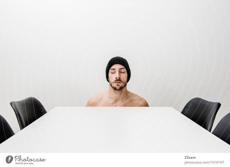 Burn out Lifestyle elegant Stil Körper Wohnung Stuhl maskulin Junger Mann Jugendliche 18-30 Jahre Erwachsene Mütze Bart Denken Gelassenheit ruhig träumen