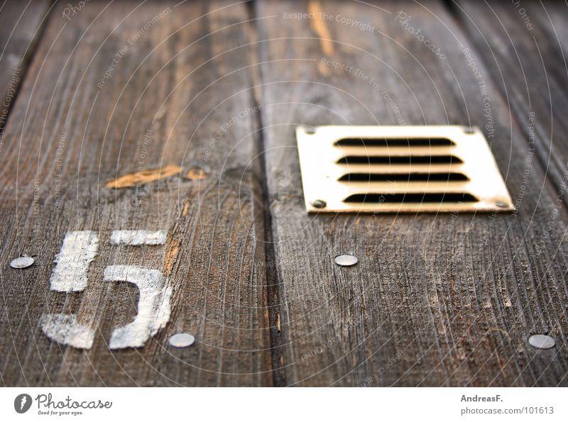 Fünf Holz Tür Ziffern & Zahlen Tor 5 Symbole & Metaphern Holzbrett Holzwand Lüftung Holzstruktur