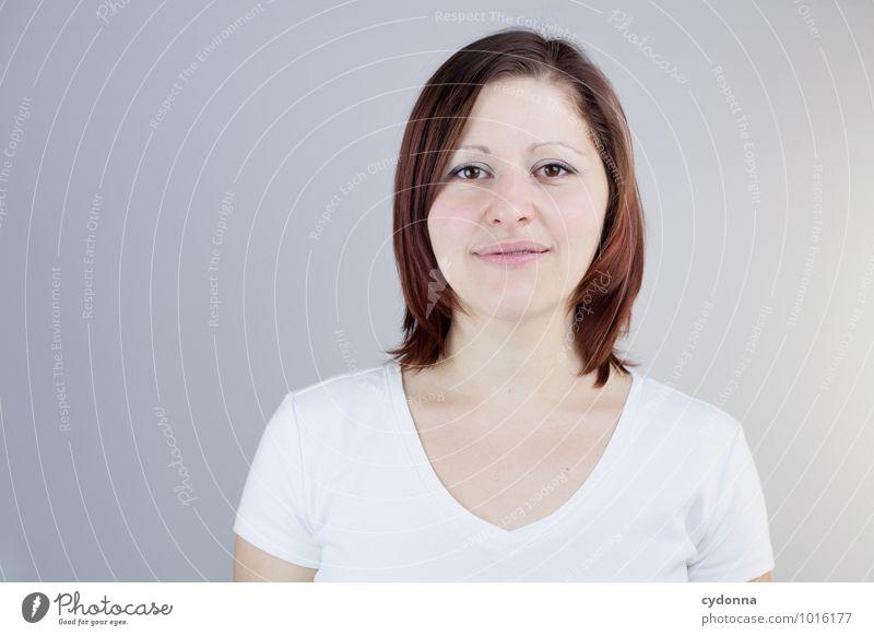Pure Mensch Jugendliche schön Junge Frau ruhig 18-30 Jahre Erwachsene Leben natürlich Gesundheit Freiheit Gesundheitswesen Business Zufriedenheit Zukunft lernen