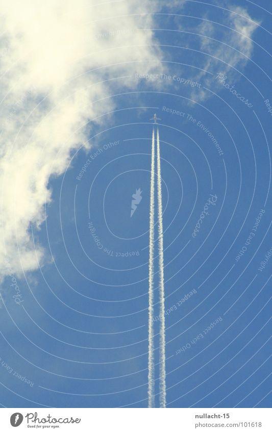 Raketenstart Wolken Flugzeug Kondensstreifen Harrier weiß Geschwindigkeit Freizeit & Hobby Luftverkehr Himmel blau