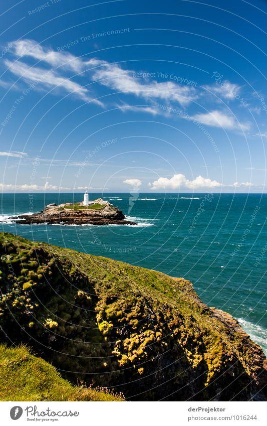 Leuchtturm auf Insel in Cornwall 2 Natur Ferien & Urlaub & Reisen Meer Landschaft Ferne Umwelt Küste Freiheit Felsen Freizeit & Hobby Wellen Tourismus Verkehr Insel Ausflug Schönes Wetter