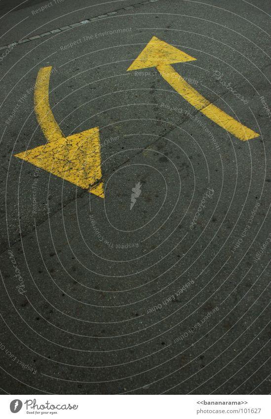kommen und gehen gelb Straße Stil grau Wege & Pfade Linie Verkehr Bodenbelag einfach Asphalt rein Pfeil Richtung Symbole & Metaphern Grafik u. Illustration