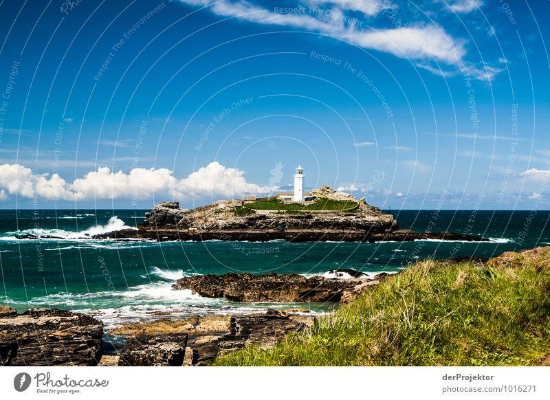 Leuchtturm auf Insel in Cornwall Freizeit & Hobby Ferien & Urlaub & Reisen Tourismus Ausflug Ferne Freiheit Sommerurlaub Wellen Umwelt Natur Landschaft Pflanze