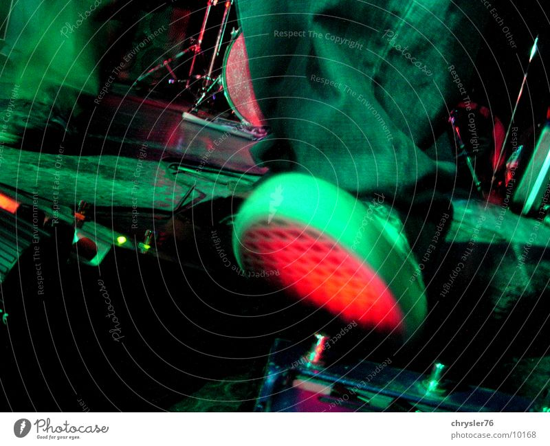 distortion! grün Musik Fuß Freizeit & Hobby Rockmusik Bühne