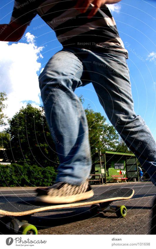 Skaten Jugendliche Sommer Freude Sport Spielen Freizeit & Hobby Skateboarding Dynamik