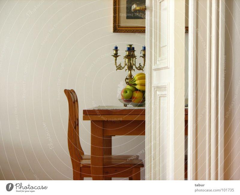Schweigen Raum Wohnung Tür Frucht Tisch Stuhl Möbel Altbau Kerzenständer Biedermeier