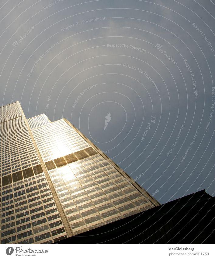 110Stockwerke Hochhaus Wolken Haus Beton Stahl Licht Fenster Stadt Etage Arbeit & Erwerbstätigkeit streben Konstruktion Ecke Chicago Illinois Himmel USA