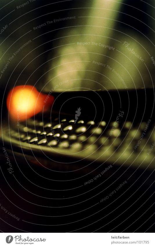 vinylight grün rot dunkel Traurigkeit Stimmung orange Freizeit & Hobby Musik Technik & Technologie Tiefenschärfe Konzentration Rockmusik Schallplatte Klang