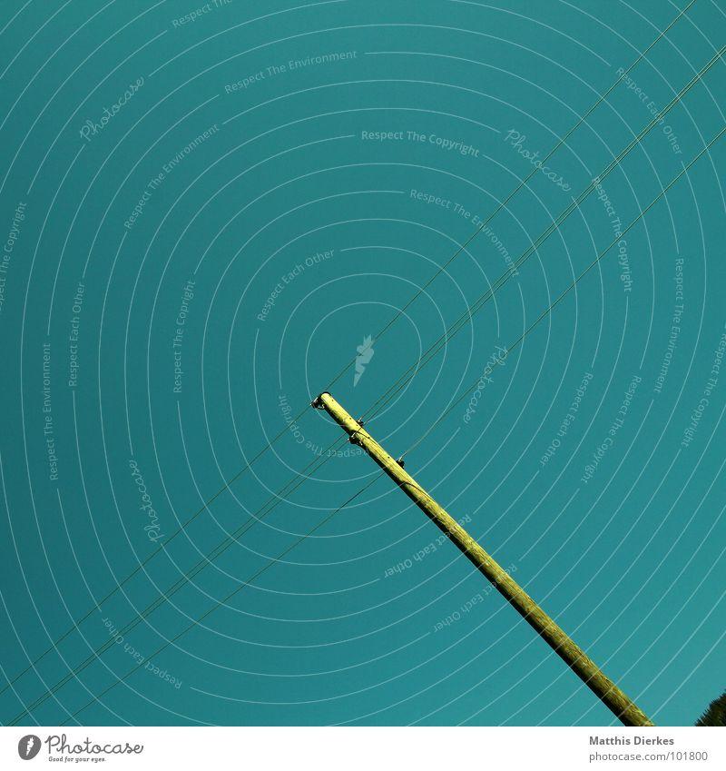 CONNECTING PEOPLE Himmel Natur blau grün Landschaft Holz modern gefährlich Elektrizität Kabel Netzwerk bedrohlich Telekommunikation Medien Verbindung