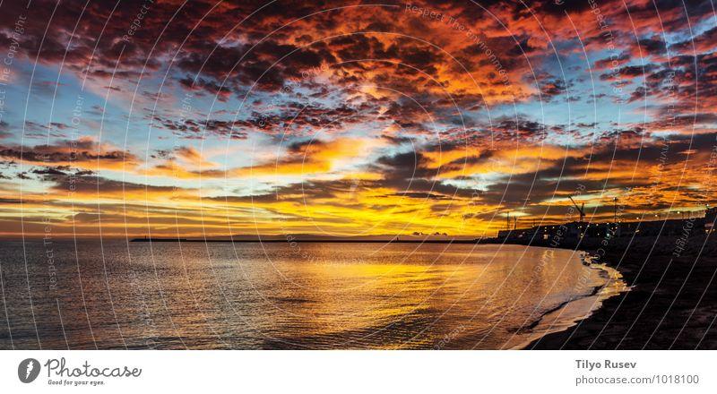 Sonnenuntergang im Ozean schön Meer Wellen Umwelt Natur Landschaft Wasser Himmel Wolken Nachthimmel Sonnenaufgang Herbst natürlich blau Boden fließen platschen