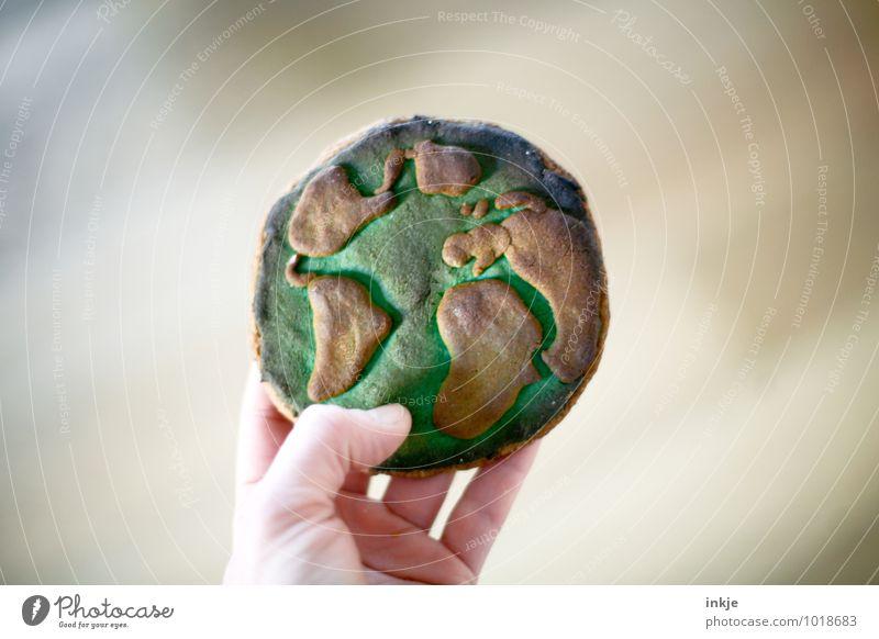selbstgemacht : Weltfrieden Teigwaren Backwaren Keks Lifestyle Freude Freizeit & Hobby Ferien & Urlaub & Reisen Ferne Weltreise Hand 1 Mensch Erde Kontinente