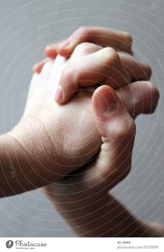 Hände Kindheit Jugendliche Leben 1 Mensch 2 13-18 Jahre 18-30 Jahre Erwachsene 30-45 Jahre Hand Gefühle Vertrauen Warmherzigkeit Sympathie Zusammensein Treue