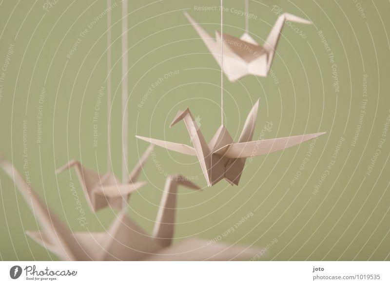 mobilé Design Taufe Tier Vogel 4 fliegen hängen frei maritim modern Gelassenheit ruhig Zufriedenheit Erholung Kindheit Leichtigkeit nachhaltig Origami Schweben
