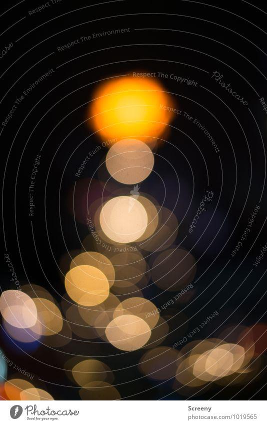 An der Spitze... Weihnachten & Advent gelb Stimmung glänzend leuchten gold Veranstaltung Weihnachtsmarkt