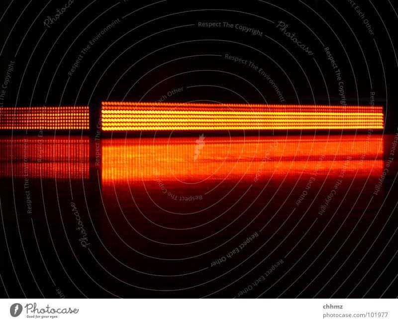 Linien rot orange Kunst glänzend Bodenbelag Kultur Werbung Medien Schnur Anzeige parallel Bildpunkt
