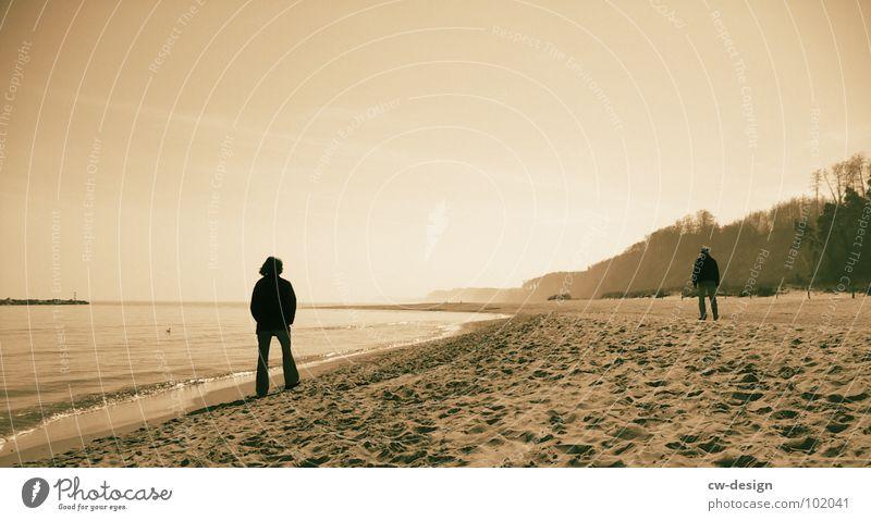 pappaufsteller am strand von malibu aka noch meer... II Mensch Frau Himmel Mann Wasser Sommer Meer Strand schwarz Ferne Küste Sand Horizont Luft maskulin Wellen