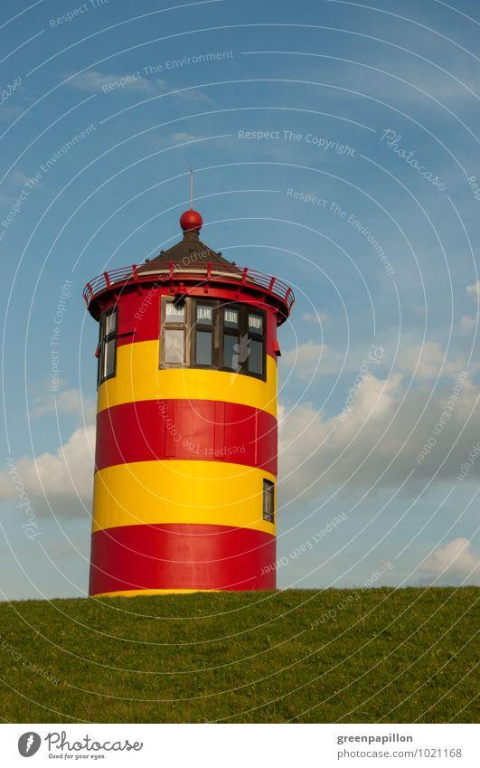 Guckuck - Pilsumer Leuchtturm hinter Deich Ferien & Urlaub & Reisen Tourismus Ausflug Sightseeing Fahrradtour Sommer Sommerurlaub Strand Meer Wellen wandern