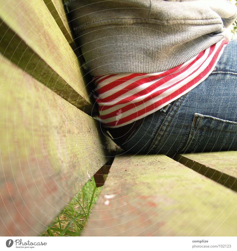 striped Erholung sitzen Bekleidung Streifen T-Shirt Bank Jeanshose Hinterteil Pullover Schaukel Ringelshirt