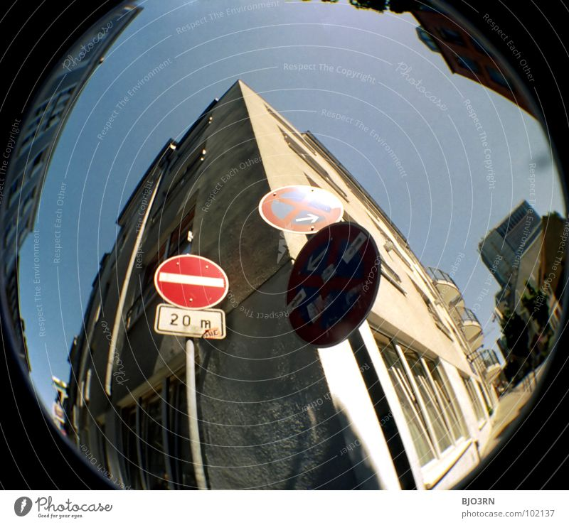 Städtische Spielverderber Stadt Farbe Graffiti hell Schilder & Markierungen Hamburg Zeichen analog Quadrat Symbole & Metaphern Lichtspiel extrem Scan