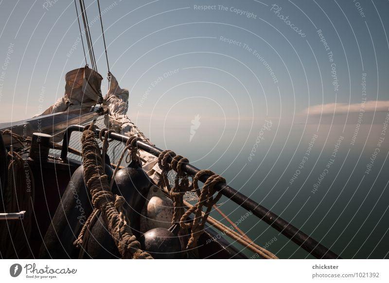Wind aus den Segeln, treiben lassen Himmel Natur Ferien & Urlaub & Reisen Wasser Sommer Erholung Meer Wolken Ferne Herbst Küste Glück Freiheit Wasserfahrzeug