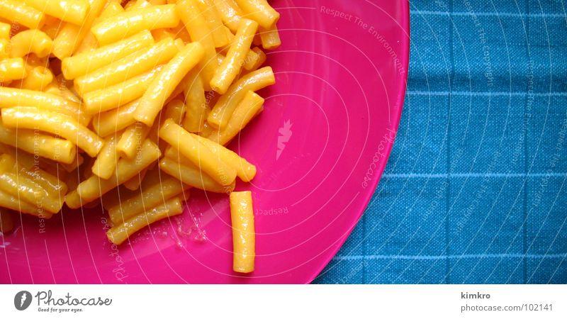 mac&cheese Ernährung USA lecker Nudeln Käse gestellt Fastfood knallig Makkaroni