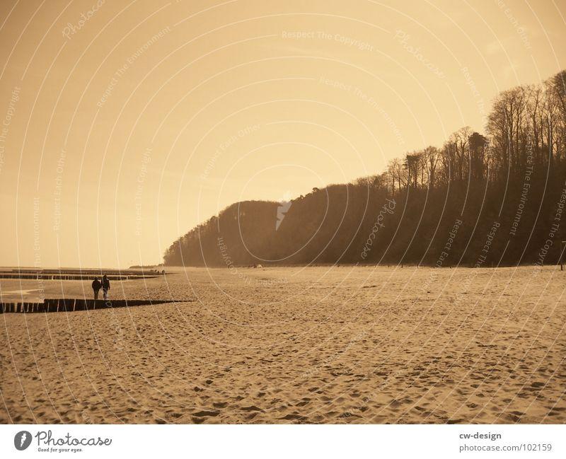 pappaufsteller am strand von malibu aka noch meer... III Mensch Frau Himmel Mann Wasser Sommer Meer Strand schwarz Ferne Küste Sand Horizont Luft maskulin Wellen
