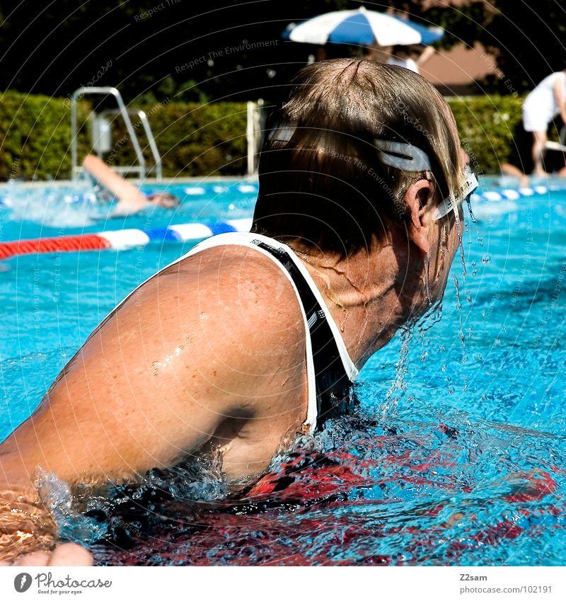 Wende Wasser Sport Bewegung Haare & Frisuren Gesundheit Zeit Eisenbahn Sport-Training drehen Sportveranstaltung Wassersport Wiedervereinigung diszipliniert Kraulstil schwimmen überholen