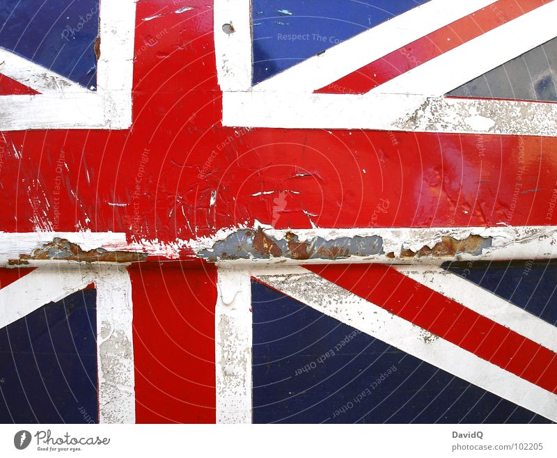 UNION JACK alt weiß blau rot Farbe kaputt Europa Macht Fahne Vergänglichkeit verfallen Kreuz Verfall Rost schäbig England